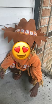12 month costume  Mobile