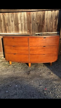 Dresser and 2 night stands Compton, 90221