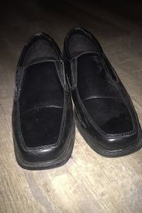 Size 10 dress shoes  Dundas, L9H 5N5