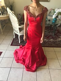 Deep Red Prom/ Ball Gown Harvey, 70058