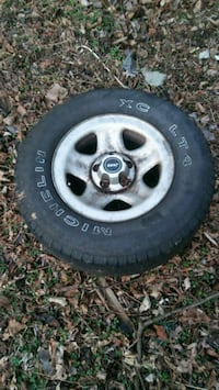 Jeep rim and tire Front Royal, 22630