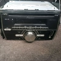 Pioneer Bluetooth Radio and CD player Warren, 48089