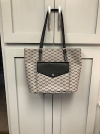 Authentic Large MK Tote Myersville, 21773
