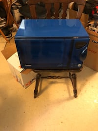 blue and black wooden desk Knoxville, 37938