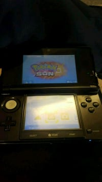 BLACK Nintendo 3DS with charger and Pokemon Sun Phoenix, 85020