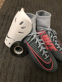 Brand new Nike cleats and shin pads(used 1 hour) Aldergrove, V4W 2Y4