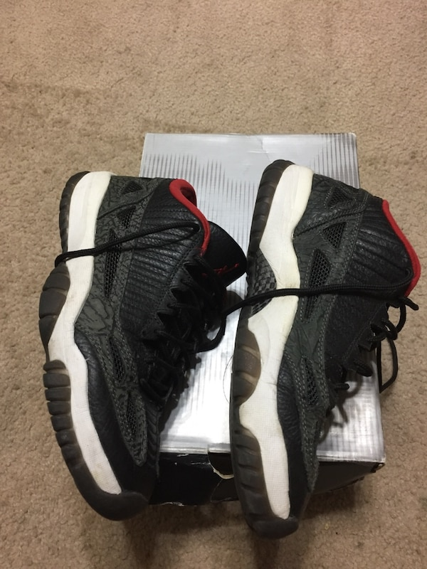 ac9b9273e26e Used Jordan 11 Low sz 9 for sale in Saratoga - letgo