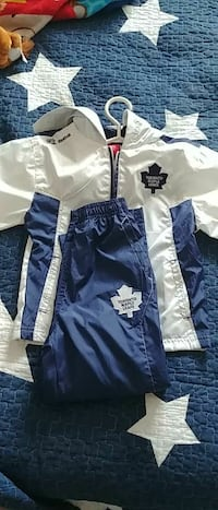 Nwt Boys Maple leafs outfit