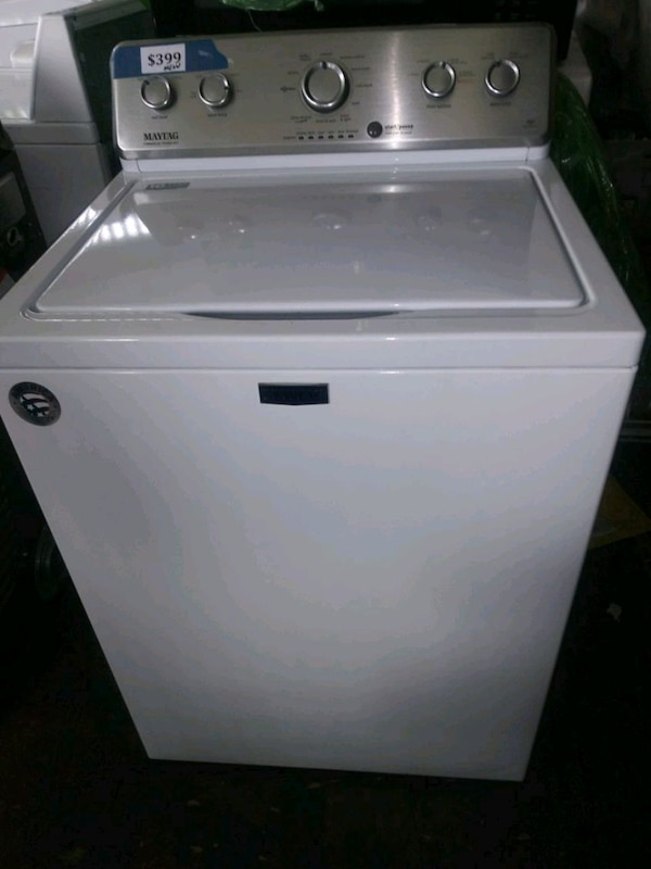 MaytaG top load washer new scratch and dent