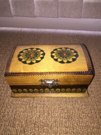 """Handcarved and hand painted jewelry wooden box  6""""*3""""*1.5"""" Firm price  Great condition  Calgary, T3E 6L9"""