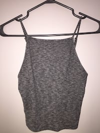 Garage tank top that is in excellent condition because I never wore it! Size small, pick up in Langley only  Langley