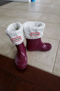 Kids Hunter boots, size 8 with sock