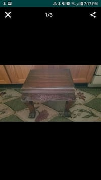 Oriental foot stool/Plant stand $15 Lewis Center, 43035