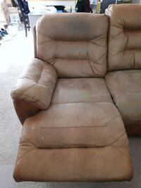 brown leather tufted sofa chair Alexandria, 22311