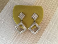BRAND NEW GORGEOUS FASHION EARRINGS PERFECT GIFT. Montréal, H9K 1S7