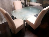 2 sided expandable glass dining table Toronto, M1E 2B8