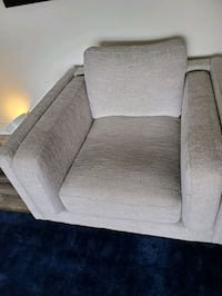 living spaces couches  2 single chairs and 1 long  Milpitas, 95035