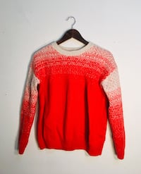 red and black scoop neck sweater Montréal, H3W 1E6
