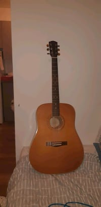 Guitare fender acoustique  Montreal, H1S