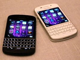 Good condition unlocked blackberry Q10 white or black
