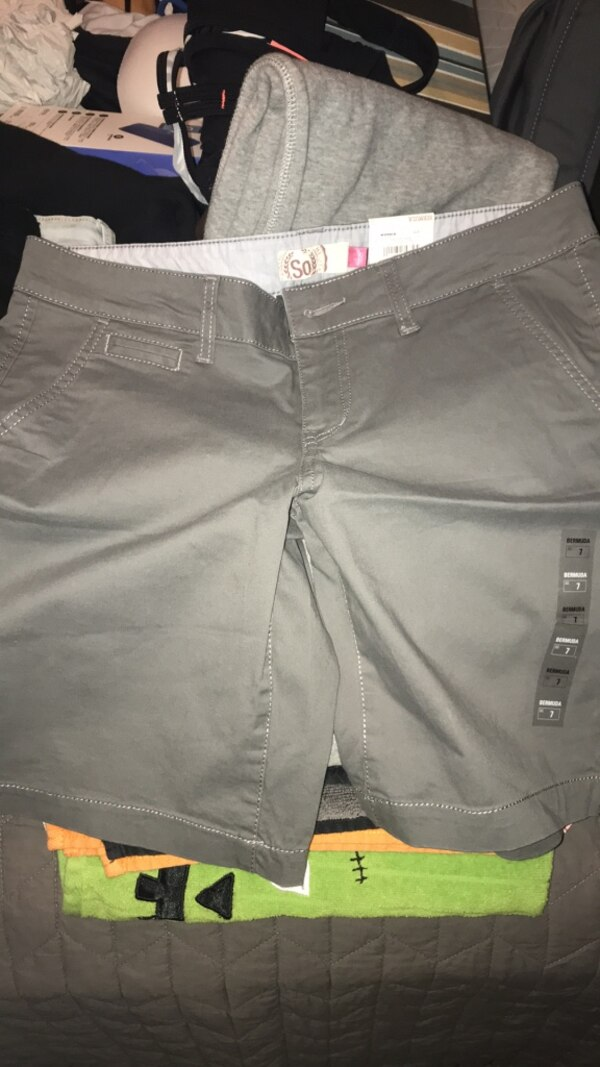 7987d5a69a1 Used shorts for sale in Senoia - letgo
