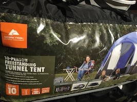 Large tent fits 10 people