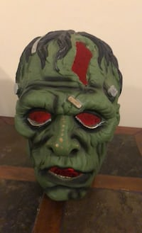 Clay Zombie head lights up