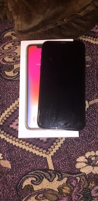 Black iphone 10 with box perfect condition price is negotiable  London, N6G 4Z6
