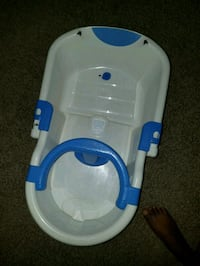 baby's white and blue bather Murfreesboro, 37130