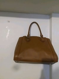 brown leather 2-way handbag Fairmount Heights, 20743