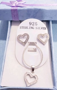 Beautiful 925 sterling silver heart necklace set Omaha, 68137