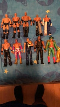 Assorted action figures and action figures
