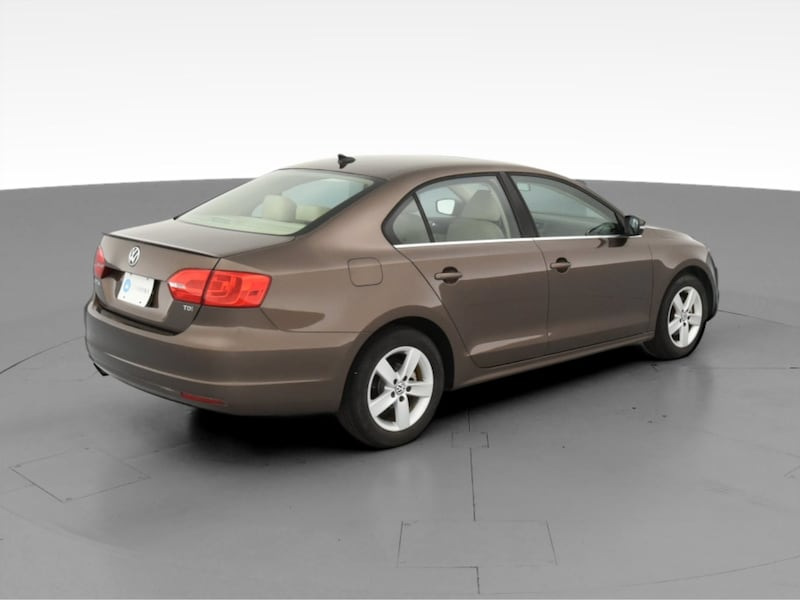 2013 VW Volkswagen Jetta sedan 2.0L TDI Sedan 4D Brown  ed3bc801-6b13-4002-be72-c38c8f7a0370