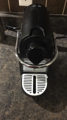 Nespresso- Pixie Electric 360-espresso maker