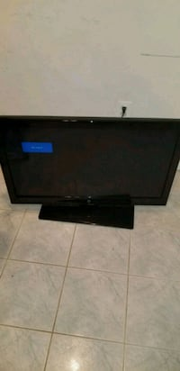 "38"" Westinghouse TV Vienna, 22182"