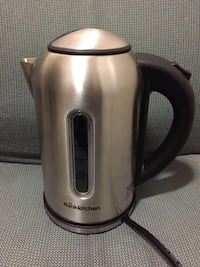 Think Kitchen Electric Kettle (1.7L) Hampstead, H3X