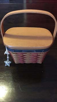 2001 Inaugural longaberger basket. Comes with tie on, liner, protector and wooden lid. Great shape Harpers Ferry, 25425