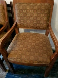Very nice wood chairs and 4 very comfortable  and Columbus, 31907