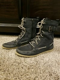 Sperry boots New Hartford