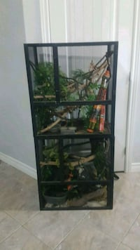 2 Reptile cages $50 each Lincoln, L0R 1B5