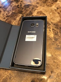 Like New Samsung Galaxy S6 64GB UNLOCKED in box with accessories Richmond Hill, L4B 2A8