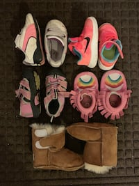 Kids shoes sz 4 Tigard, 97223