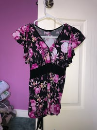Flowery purple top Ajax, L1T 4Y8