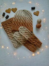 New woolen set, handmade! Bærum, 1368