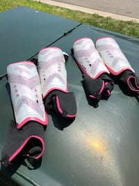Soccer Shin Guards - $5 for both sets St Catharines, L2M 7B2