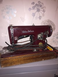 Vintage victor deluxe sewing machine Liverpool, L13 6RX