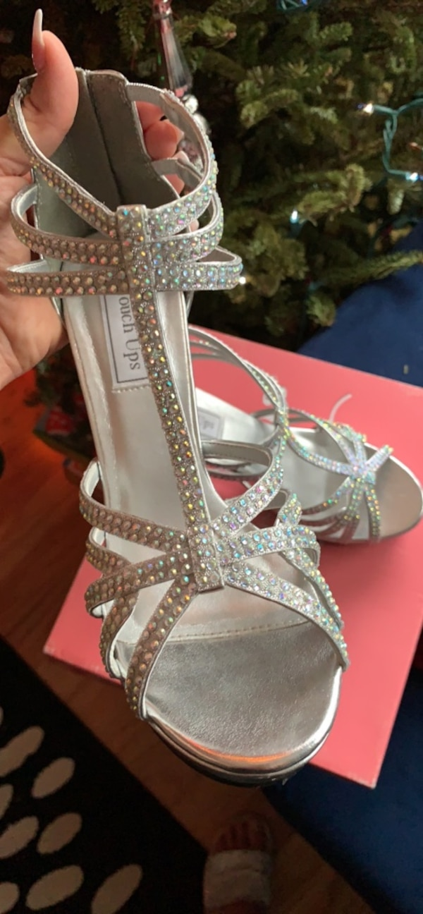 New Bridal Shoes size 8 3