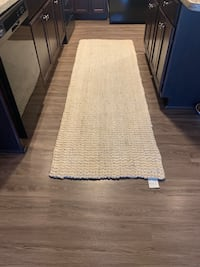 Hand woven India runner rug 96X36in Sioux Falls, 57110
