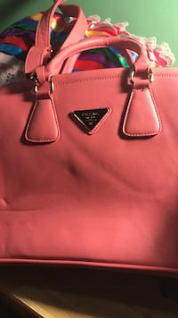 pink Michael Kors leather tote bag Los Angeles, 90011