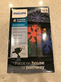New in Box Philips LED Focusable Projector --Snowflake Reston